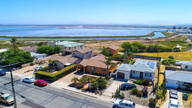 417 8th St, Imperial Beach, CA 91932 (#210016299) :: Zember Realty Group