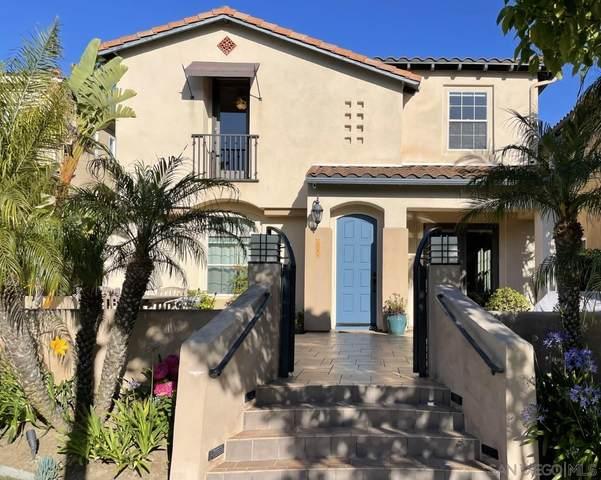 2084 Mcdonough Ln, San Diego, CA 92106 (#210016414) :: Compass