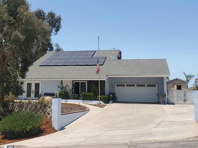 11224 Huntingride Cir, Santee, CA 92071 (#210016580) :: The Stein Group