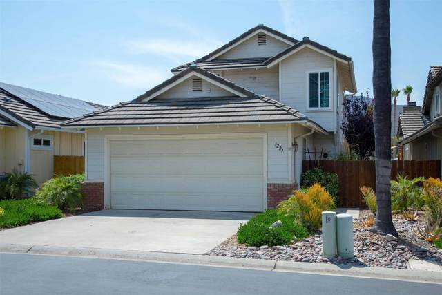1221 Silverberry Ct, El Cajon, CA 92019 (#210016625) :: Neuman & Neuman Real Estate Inc.