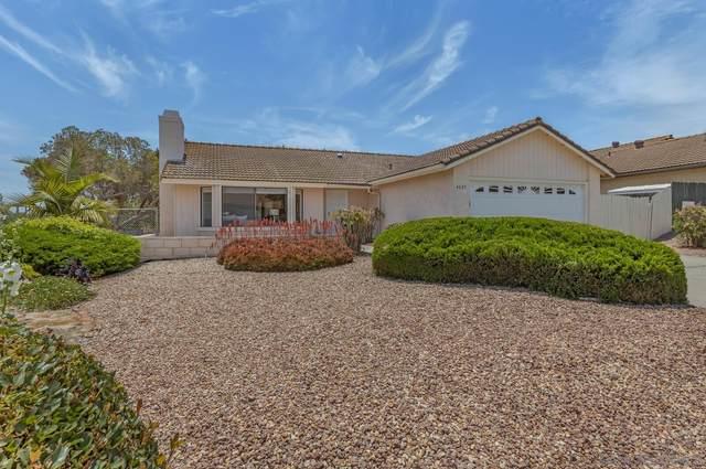 4607 Briar Ridge Rd, Oceanside, CA 92056 (#210016800) :: The Marelly Group | Sentry Residential