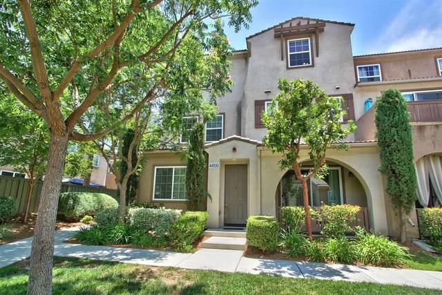 44930 Bellflower Ln #43, Temecula, CA 92592 (#210016894) :: SunLux Real Estate
