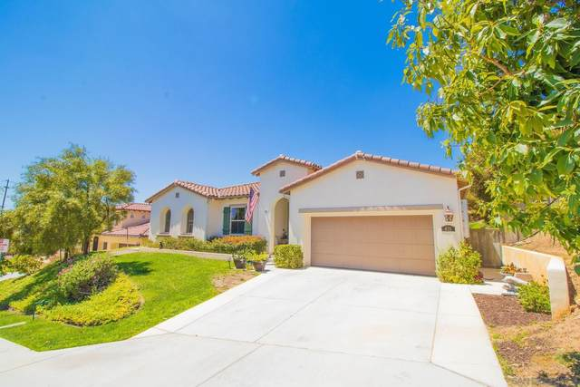 821 Red Blush Road, Escondido, CA 92027 (#210016969) :: Solis Team Real Estate