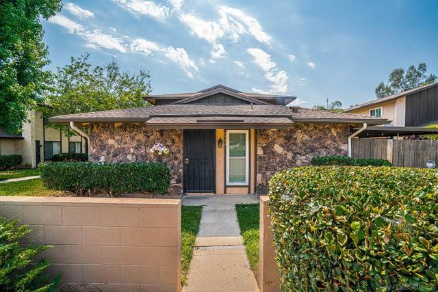 9944 N Magnolia Ave, Santee, CA 92071 (#210017304) :: The Stein Group