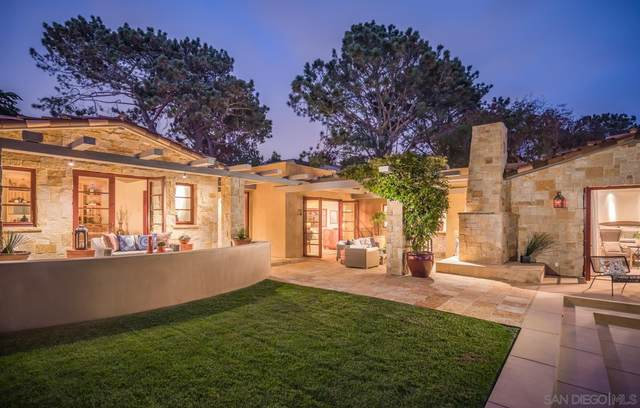 215 10th St, Del Mar, CA 92014 (#210017487) :: SD Luxe Group