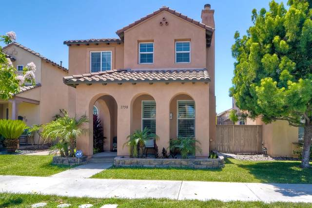 1750 Pember Ave, Chula Vista, CA 91913 (#210017677) :: Team Forss Realty Group