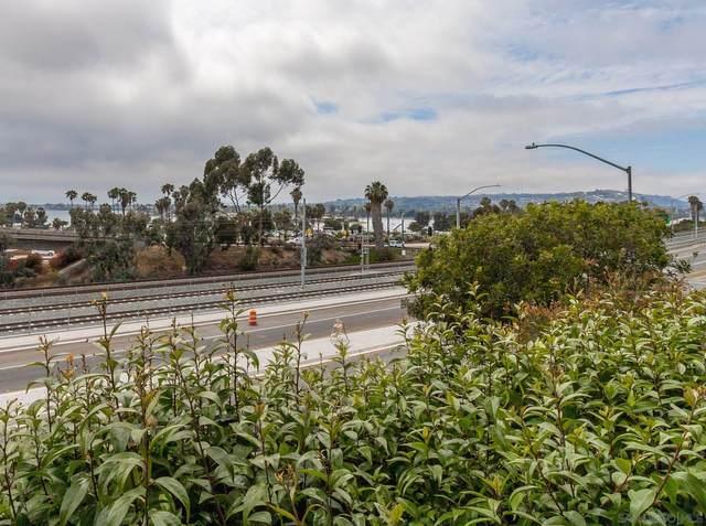 2727 Morena Blvd #104, San Diego, CA 92117 (#210018670) :: The Stein Group