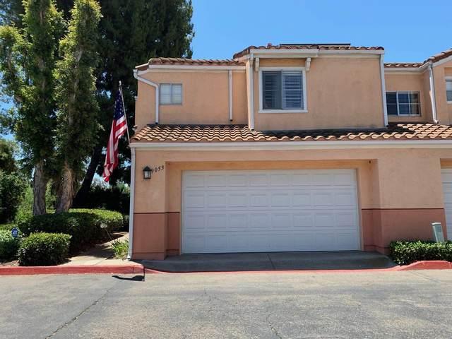 9053 Calle Del Verde, Santee, CA 92071 (#210019132) :: PURE Real Estate Group