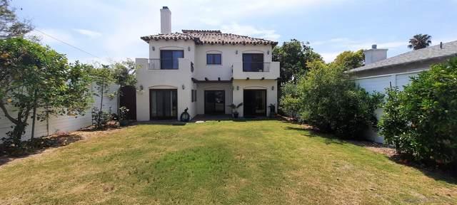 667 Pomona Avenue, Coronado, CA 92118 (#210019156) :: Neuman & Neuman Real Estate Inc.