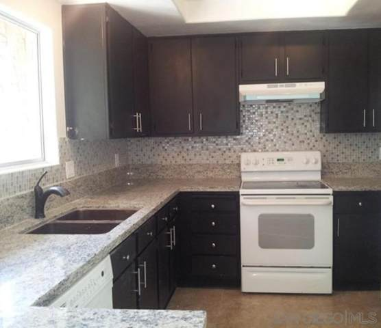 334 Ivy Ln, Fallbrook, CA 92028 (#210019621) :: Neuman & Neuman Real Estate Inc.