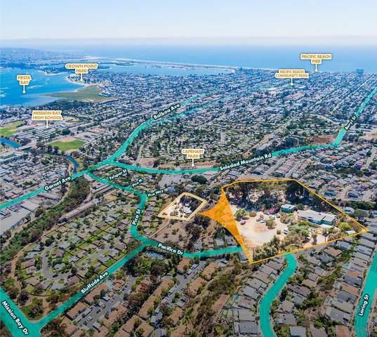 2596 Chalcedony St, San Diego, CA 92109 (#210019987) :: Dannecker & Associates
