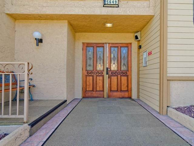 5649 Lake Park #303, La Mesa, CA 91942 (#210020088) :: Neuman & Neuman Real Estate Inc.