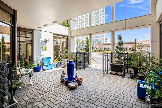 700 W Harbor Drive #104, San Diego, CA 92101 (#210020109) :: SunLux Real Estate