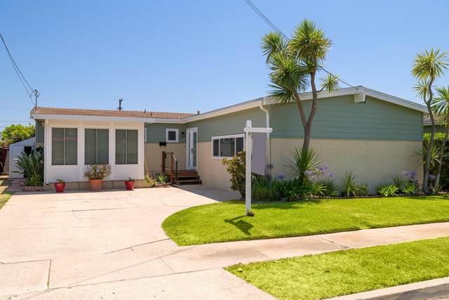 3635 Christine Street, San Diego, CA 92117 (#210020154) :: SunLux Real Estate