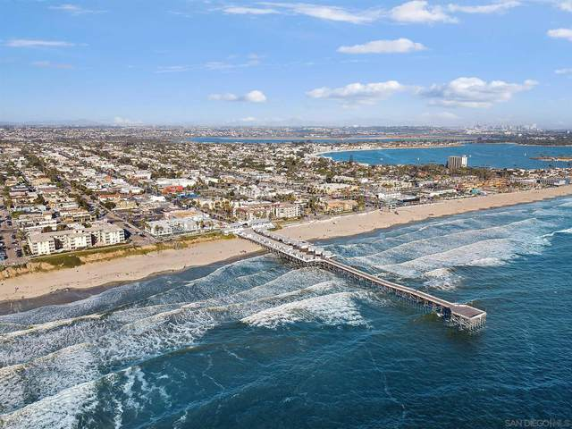 4286 Fanuel St, Pacific Beach, CA 92109 (#210020481) :: Dannecker & Associates