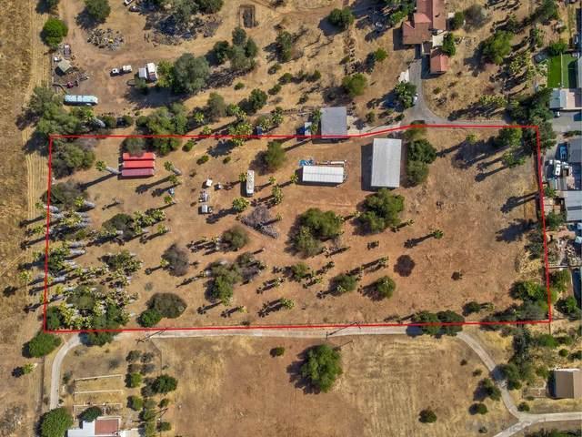 1552 S Citrus Avenue N/A, Escondido, CA 92027 (#210020871) :: Compass