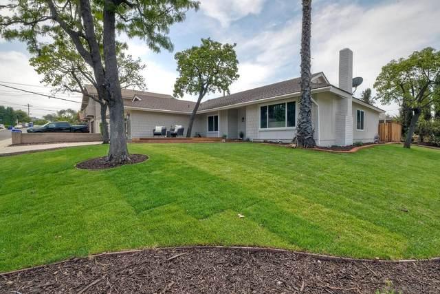 7609 Lake Ree Ave, San Diego, CA 92119 (#210020970) :: Neuman & Neuman Real Estate Inc.