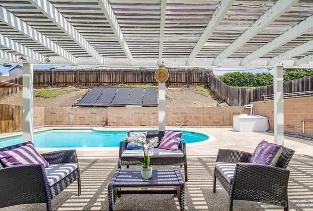 8272 Beaver Lake Dr, San Diego, CA 92119 (#210020972) :: Neuman & Neuman Real Estate Inc.