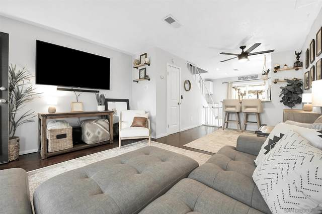 10208 Peaceful Ct, Santee, CA 92071 (#210021242) :: SD Luxe Group