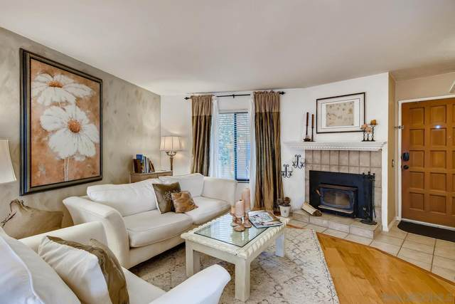 8322 Via Sonoma #76, La Jolla, CA 92037 (#210021347) :: Neuman & Neuman Real Estate Inc.