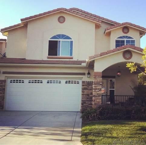 8772 Glen Vista Way, Santee, CA 92071 (#210021807) :: SunLux Real Estate