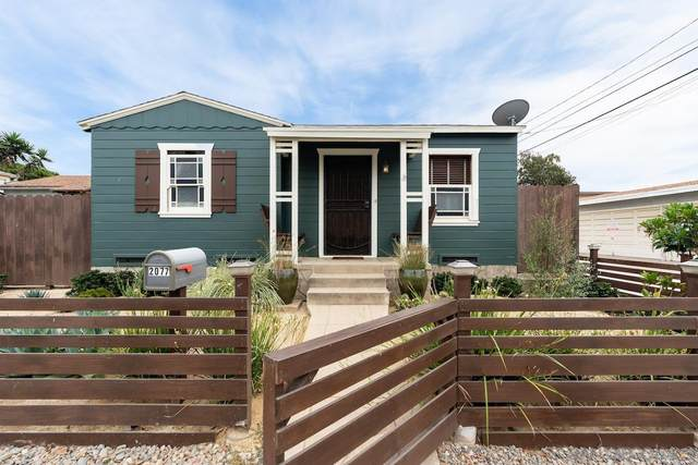 2077 Cable St., San Diego, CA 92107 (#210021877) :: Compass