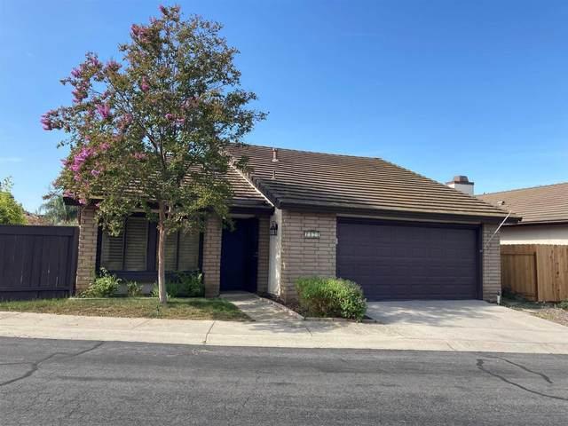 2174 Firethorn Gln, Escondido, CA 92027 (#210021893) :: PURE Real Estate Group