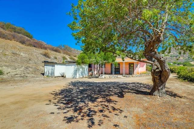 5701 Moorefield Drive, El Cajon, CA 92019 (#210021973) :: Zember Realty Group