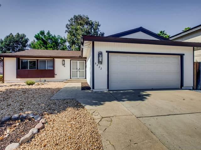 8422 Rumson Drive, Santee, CA 92071 (#210022128) :: Solis Team Real Estate