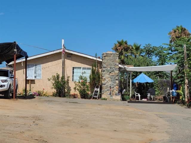 750 N Citrus Avenue, Vista, CA 92084 (#210022607) :: Neuman & Neuman Real Estate Inc.