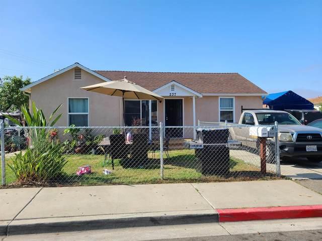642-644 N Citrus Avenue, Vista, CA 92084 (#210022619) :: Rubino Real Estate