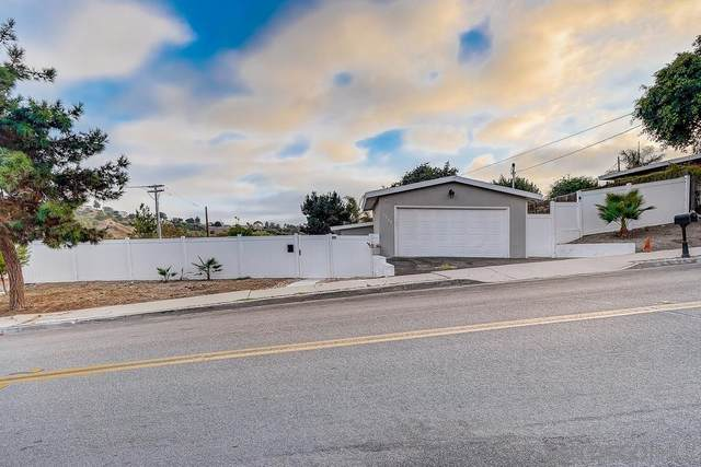 2538 Oceanside Blvd, Oceanside, CA 92054 (#210024755) :: Solis Team Real Estate