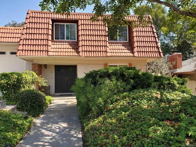 5391 Bragg St, San Diego, CA 92122 (#210025018) :: The Stein Group
