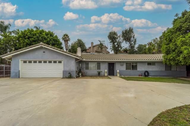 1963 N Nutmeg St, Escondido, CA 92026 (#210025074) :: Solis Team Real Estate