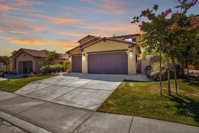 36439 Geranium Dr, Lake Elsinore, CA 92532 (#210025239) :: Solis Team Real Estate