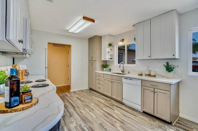 7575 Crary St, La Mesa, CA 91942 (#210025248) :: Neuman & Neuman Real Estate Inc.