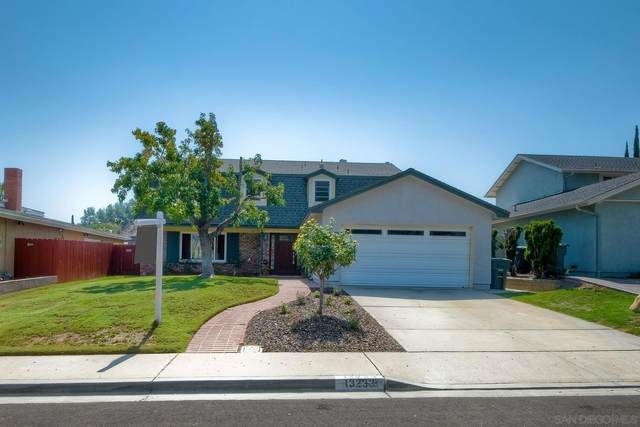 13233 Betty Lee Way, Poway, CA 92064 (#210025657) :: Windermere Homes & Estates