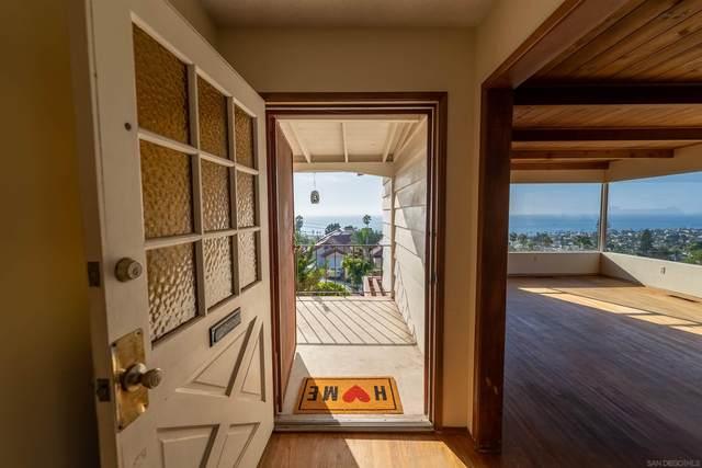 1305 Trieste Dr., San Diego, CA 92107 (#210026072) :: Neuman & Neuman Real Estate Inc.