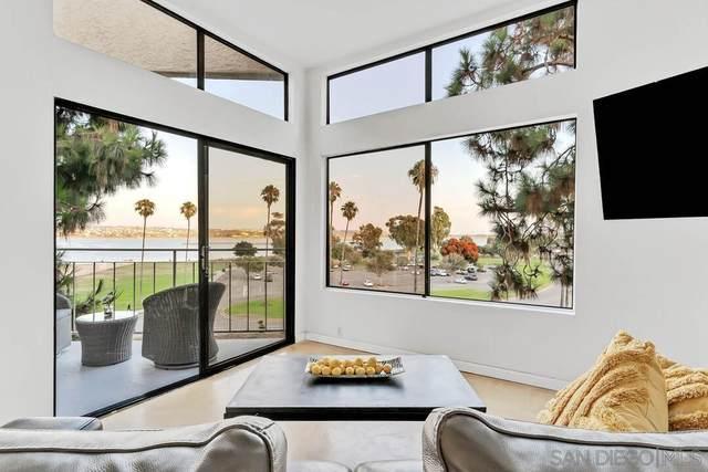 3770 Crown Point Dr #304, San Diego, CA 92109 (#210026114) :: Neuman & Neuman Real Estate Inc.
