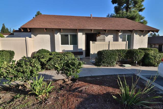 6911 Parkside, San Diego, CA 92139 (#210026307) :: Neuman & Neuman Real Estate Inc.