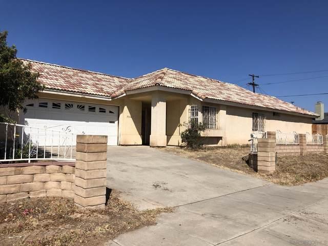 5344 Laurel St, San Diego, CA 92105 (#210026410) :: Solis Team Real Estate
