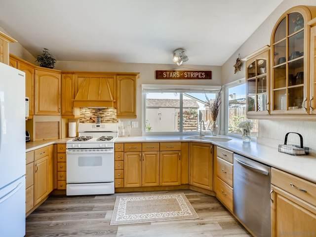 10002 Anja Pl, Lakeside, CA 92040 (#210026425) :: Solis Team Real Estate