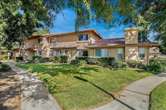 689 Beverly Pl, San Marcos, CA 92078 (#210026734) :: Solis Team Real Estate