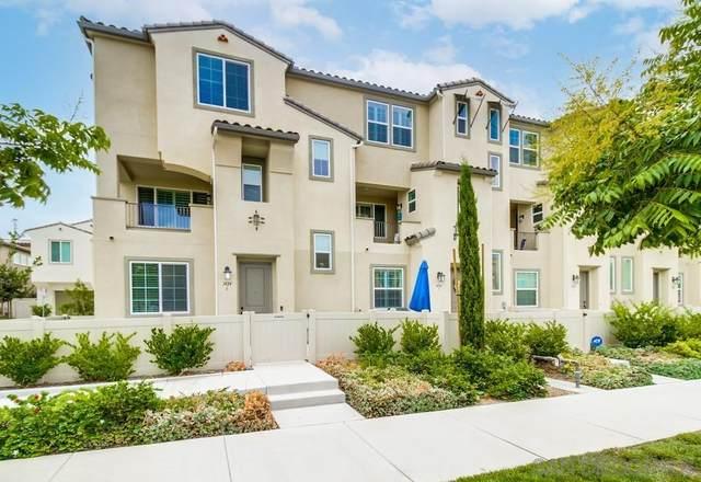 1424 Santa Victoria Rd #6, Chula Vista, CA 91913 (#210027335) :: Zember Realty Group