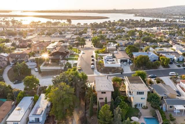 2405 Galveston St, San Diego, CA 92110 (#210027764) :: Windermere Homes & Estates