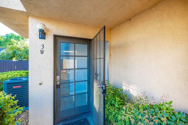 1380 E Washington Ave #3, El Cajon, CA 92019 (#210027849) :: COMPASS