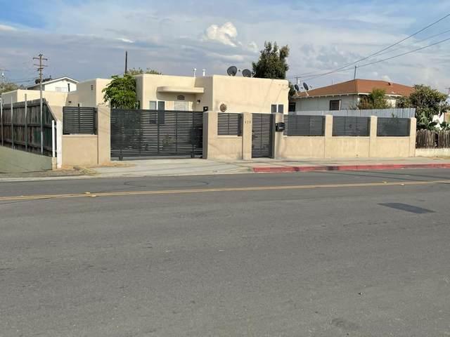439 Palm Ave, National City, CA 91950 (#210028086) :: Neuman & Neuman Real Estate Inc.