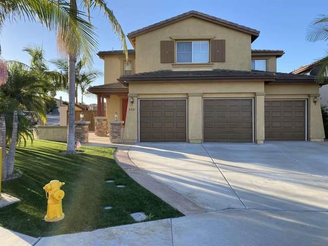 5281 Willow Walk Rd, Oceanside, CA 92057 (#210028721) :: Neuman & Neuman Real Estate Inc.