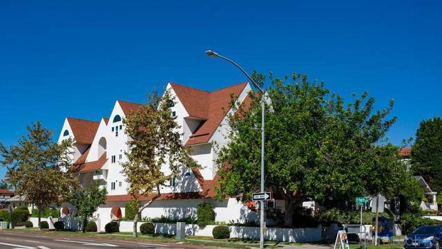 374 Orange Ave B, Coronado, CA 92118 (#210028734) :: PURE Real Estate Group