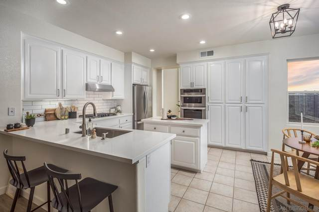 1333 E J St, Chula Vista, CA 91910 (#210028956) :: Windermere Homes & Estates